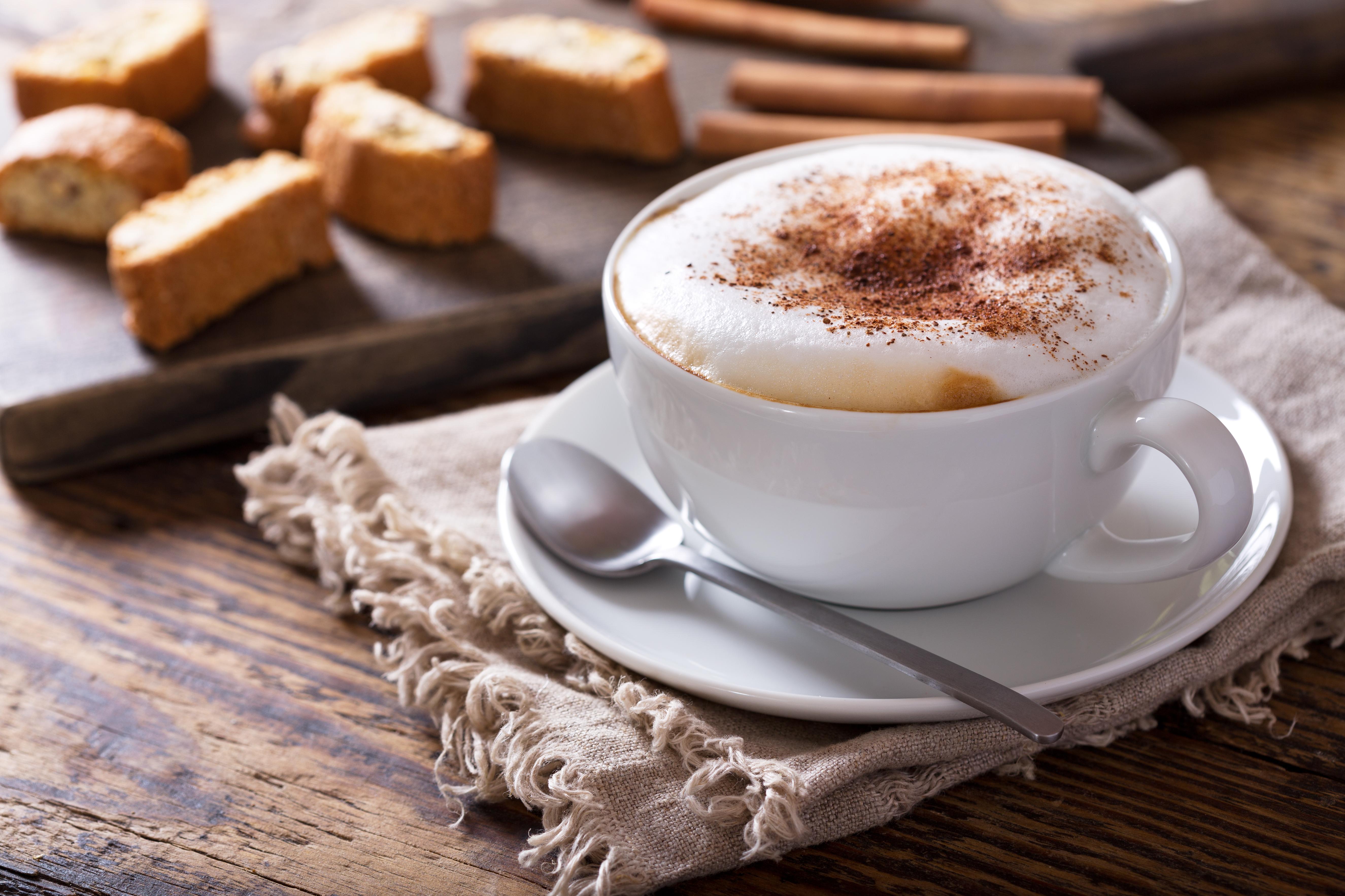 【カフェで使えるマメ知識】カプチーノとラテの違いって?